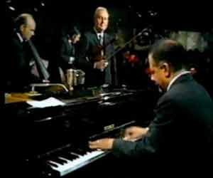 1969 Ronnie Scotts club with Stephane Grappelli for Jazz 625 BBC TV